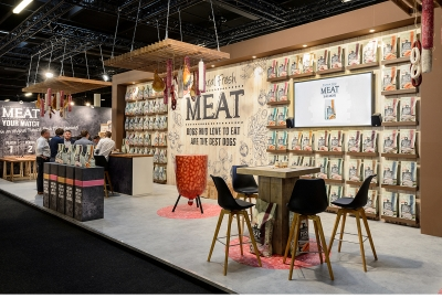natural fresh meat case maek - beurs dibevo - stand